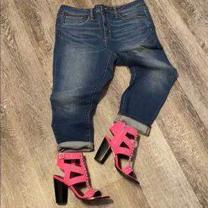 Universal Thread Cropped Denim Stretch Jeans